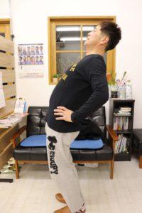 【症例報告】仕事中に腰が急に痛くなりました 50代 / ギックリ腰
