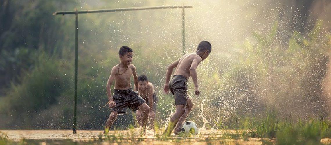 football-1807520_640